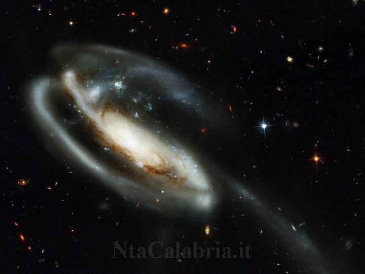 Sfondi desktop dello spazio n 025 for Sfondi spazio