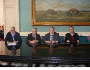 firma accordo comune di Caulonia