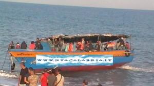 brancaleone-sbarco-immigrati