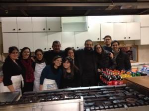 un gruppo di volontari della caritas di Brancaleone