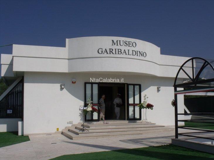 inaugurazione-museo-e-sacrario-garibaldino-01