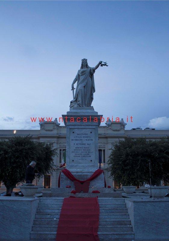 manifestaz-contro-violenza-donne-01