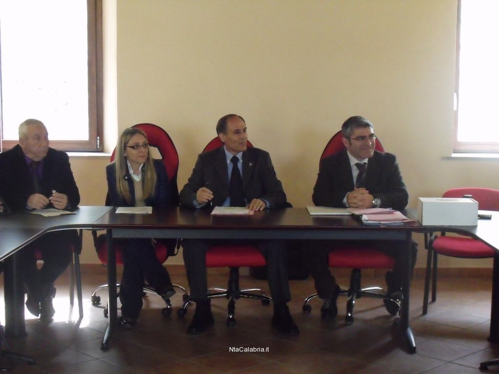 primo-consiglio-comunale-a-san-lorenzo-01