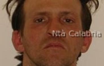 Crotone, arrestato per furto aggravato