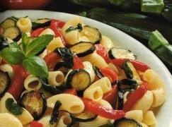 Chifferi con peperoni e zucchine