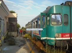 Lamezia,  Paura a bordo: lanciati sassi contro il treno