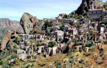 Escursione Kalabria Experience a Pentedattilo