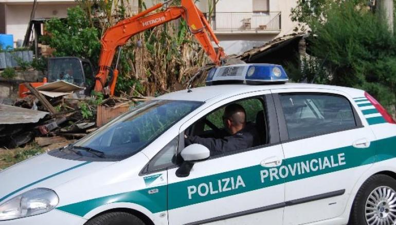 Reggio Calabria, denunciati otto ladri di acqua dalla polizia provinciale