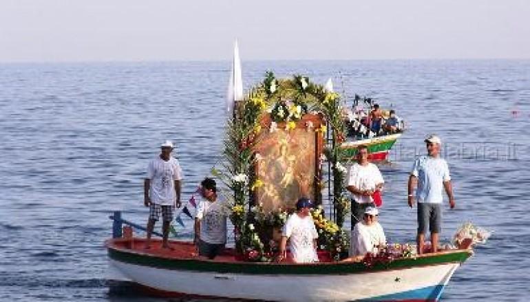 Melito Porto Salvo, la processione in mare della Madonna di Porto Salvo