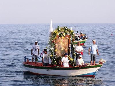 Melito porto salvo la processione in mare della madonna for Cucinare diaframma