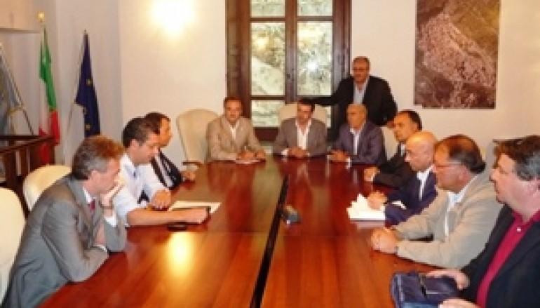 Calabria, il Presidente Scopelliti ha incontrato i Sindaci dell'alto Ionio calabrese