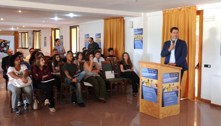 Sant'Eufemia d'Aspromonte (Rc), il presidente della Regione Giuseppe Scopelliti ha parlato ai giovani