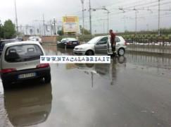 Reggio Calabria, città in ginocchio per il maltempo