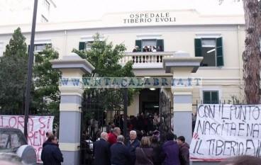 Melito Porto Salvo (RC), le foto della protesta per la chiusura del punto nascite