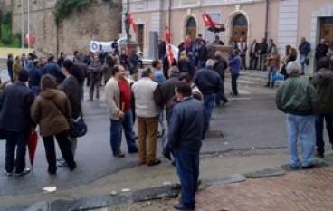 Gioia Tauro (RC), sciopero generale per l'assenza del servizio di Ragioneria del Comune
