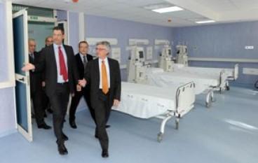 Sanità, Il Presidente Scopelliti ha inaugurato il Centro dialisi di Rogliano (CS)