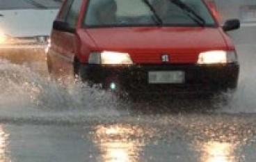 Gioia Tauro (RC), Il Presidente Scopelliti in visita alle zone alluvionate consegna prime somme per la ricostruzione
