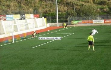 Valle Grecanica, vittoria della squadra giallo rossa nell'amichevole