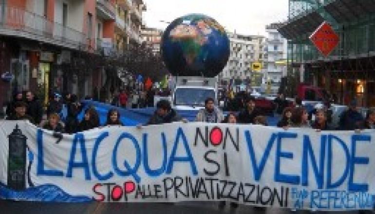 Comitato referendario Acqua Pubblica di Reggio Calabria: Splendida manifestazione a Cosenza, moratoria subito!