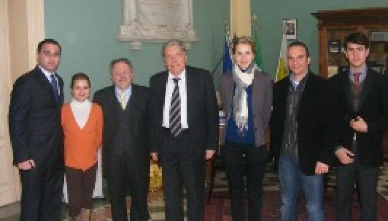 """Reggio calabria, delegazione del """"Premio Nosside"""" ricevuta dal Presidente Morabito"""
