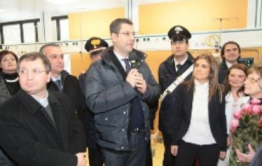 """Catanzaro, Scopelliti ha inaugurato il reparto di patologia neonatale all'Ospedale """"Pugliese"""""""