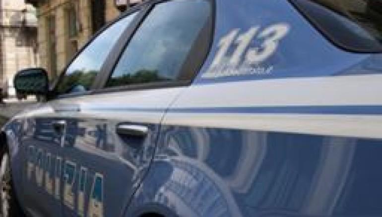 Reggio Calabria, anziano ubriaco si ribalta con la sua auto