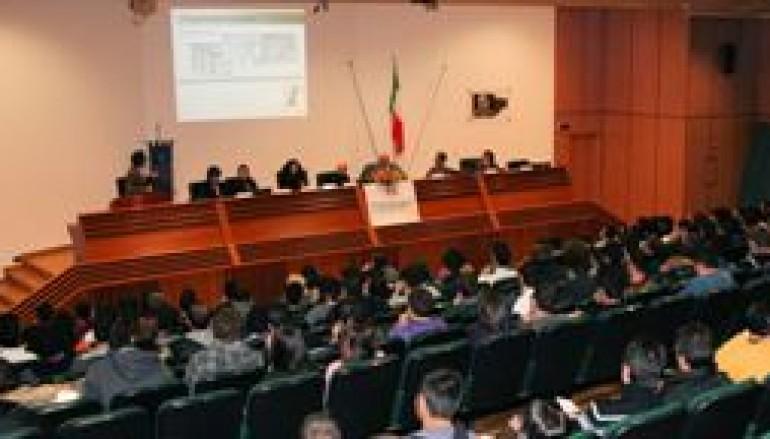 """Università della Calabria, grande successo per """"Lo sai fare un videogioco? Unity 3D"""""""