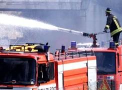 Locri, incendio distrugge autobus Federico