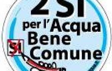 """Reggio Calabria, presidio del Comitato """"2 Sì per l'Acqua Pubblica"""""""