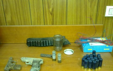 Sinopoli (RC), Carabinieri scoprono rifugi latitanti, armi ed esplosivo