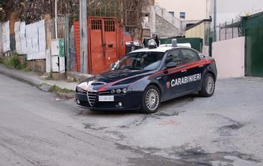 Reggio Calabria, controllo straordinario del territorio al Rione Ciccarello. Decine di perquisizioni, sequestrati documenti e targhe rubate