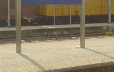 """""""E' in arrivo al binario… Storia di una vita in una stazione ferroviaria"""" di Giovanni Diano"""