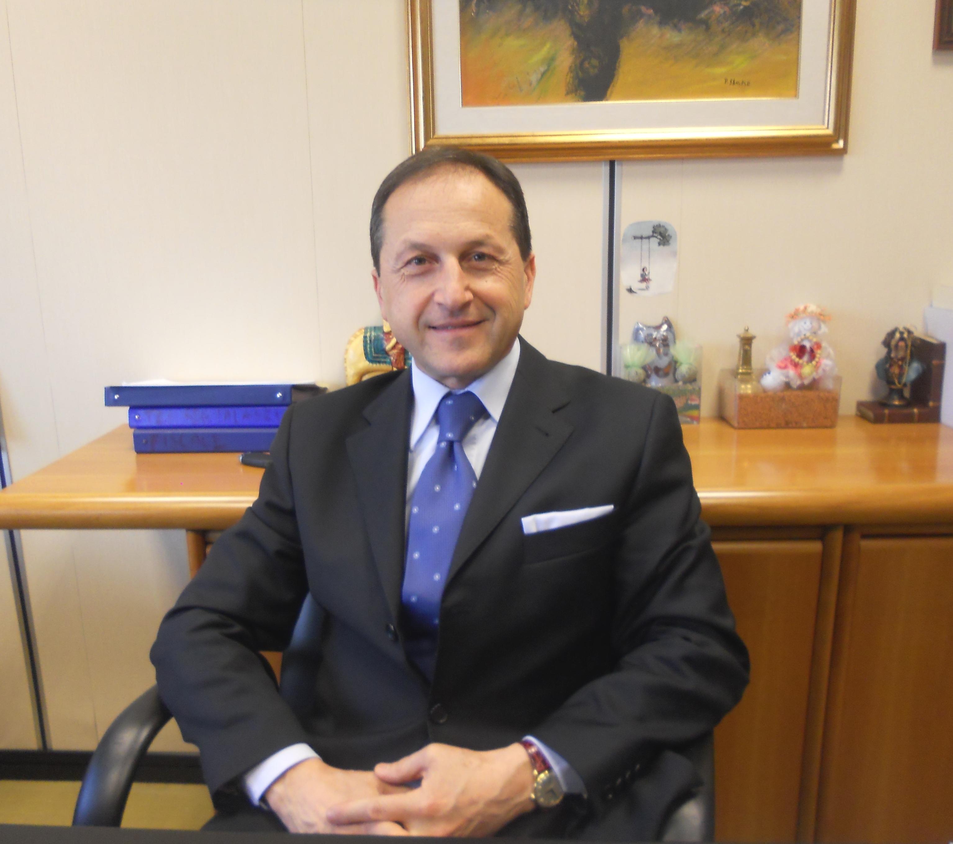 Cosenza Giuseppe Lombardi 232 Il Neo Presidente Del Gruppo