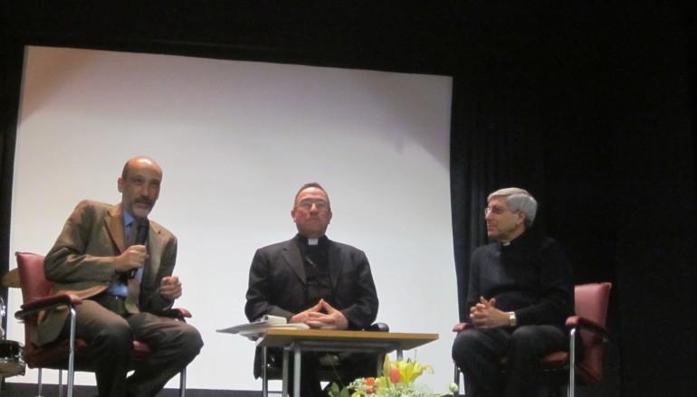 """Locri (RC), presentato il libro """"Giustizia, povertà e solidarietà"""""""