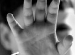 Santa Severina (KR), arrestato trentenne per violenza su minore