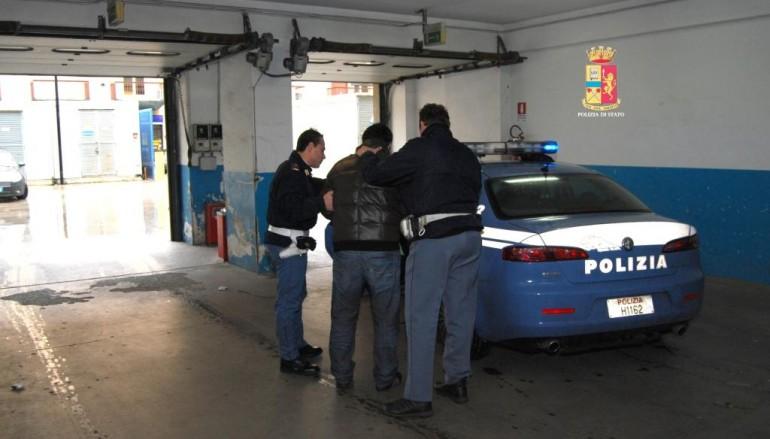 Reggio Calabria, aggredisce prostitute tentando di imporsi come protettore. Polizia arresta tunisino