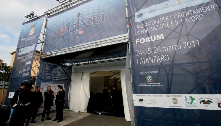 """Catanzaro, prende il via il forum """"e-LABORA"""""""
