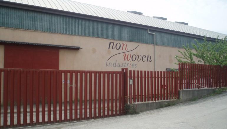 Bisignano (CS), la fabbrica dismessa costituisce serio problema ecologico