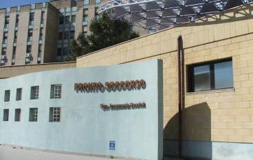 Crotone, precari di Obiettivo Lavoro minacciano di buttarsi dal tetto dell'Ospedale