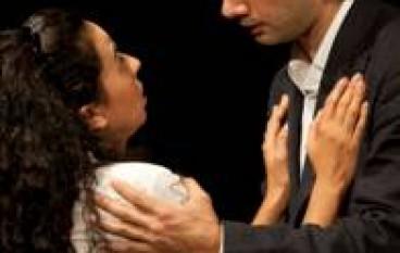 """Reggio Calabria, al Cilea l'opera """"Gli innamorati"""" di Goldoni rappresentata dalla Compagnia Scena Nuda"""