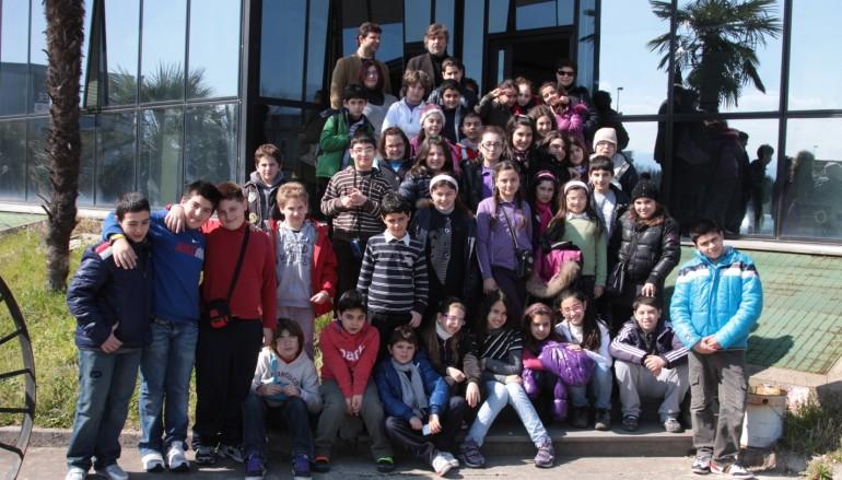 """Siderno (RC), gli studenti del """"Michele Bello"""" hanno visitato le sedi di CalabriaOra e RAI"""