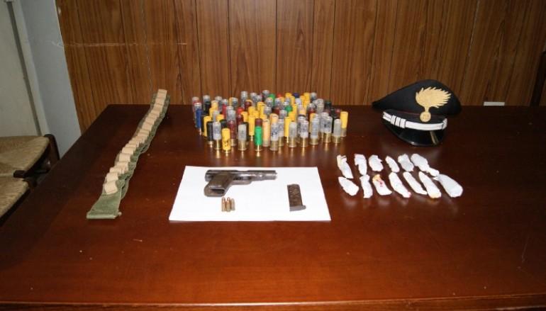 Sinopoli (RC), rinvenute armi e droga dai CC