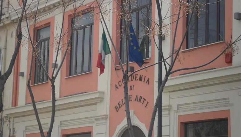 Accademia di Belle Arti: solidarietà per il prof. Manganaro