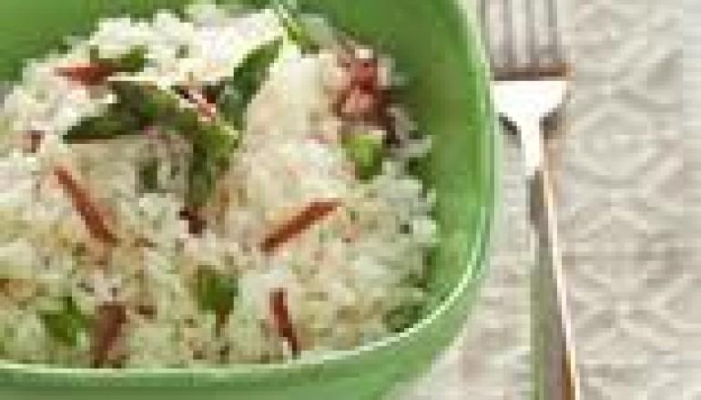 Insalata di riso asparagi e frutti di mare