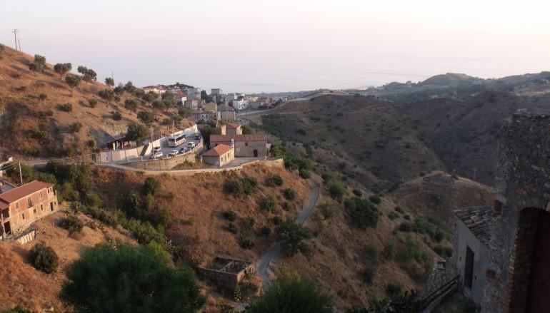 Firmato protocollo d'intesa tra Provincia di Reggio Calabria e l'Agenzia dei Borghi Solidali