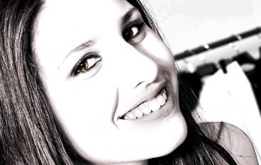 La cantante reggina Micaela Foti alla Grotta dei desideri