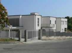 Riapre a Roghudi (RC) l'edificio che ospiterà la scuola media