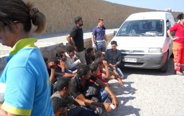 Sbarco clandestini a Reggio, 2 fermi per favoreggiamento immigrazione