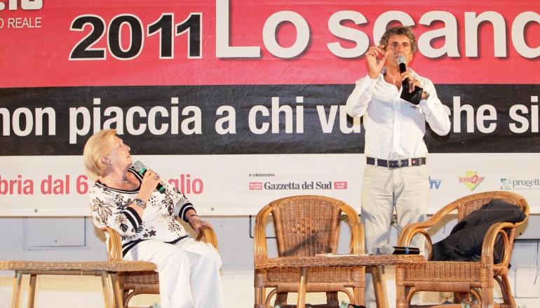 Reggio Calabria, Gianni Ippoliti pulisce l'Aeroporto