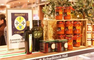 """La Regione Calabria alla Fiera """"Food Ospitality World"""" di Mumbai"""